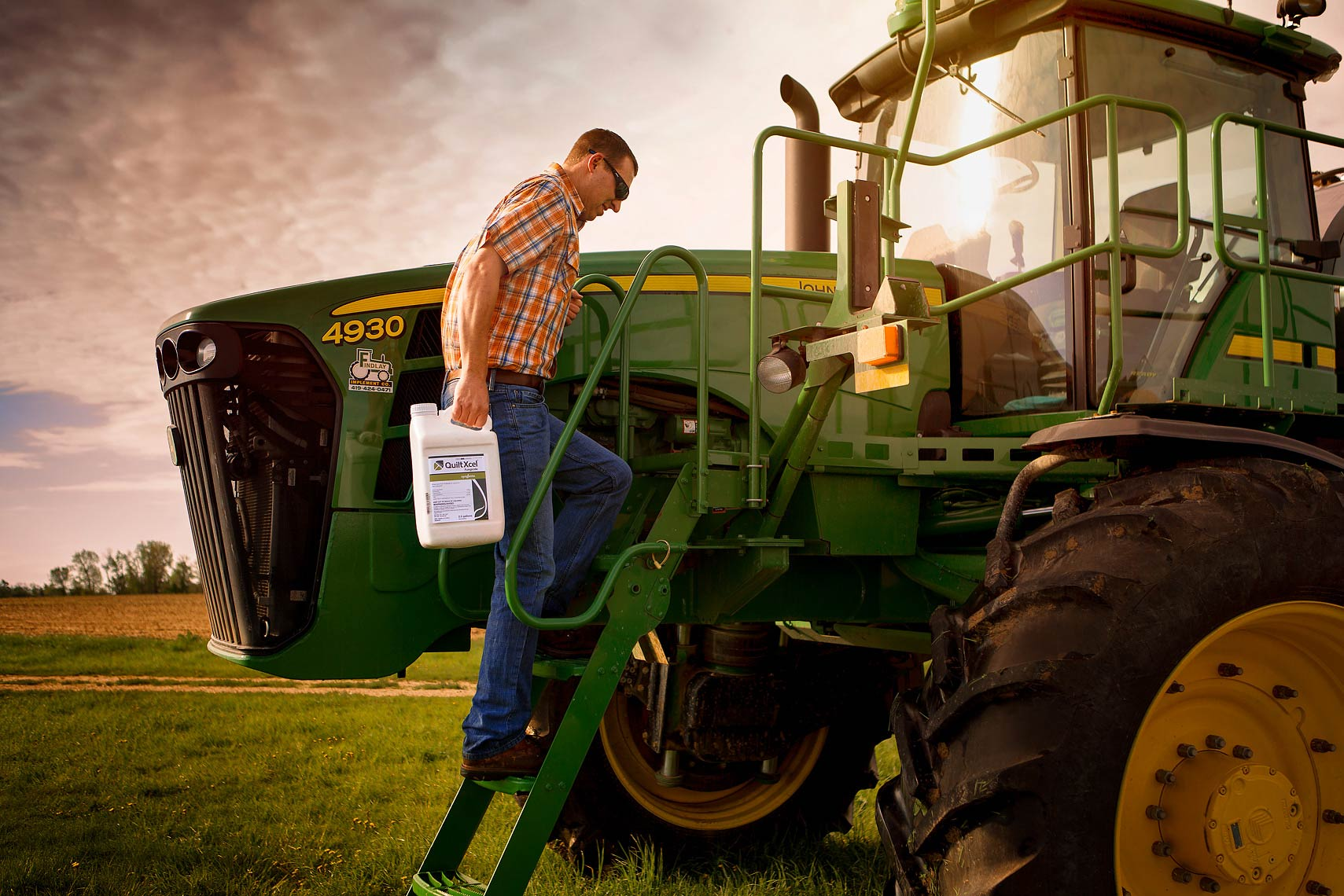advertising-lifestyle-portrait-for-syngenta-farmer-commercial-photograoher-scott-stewart