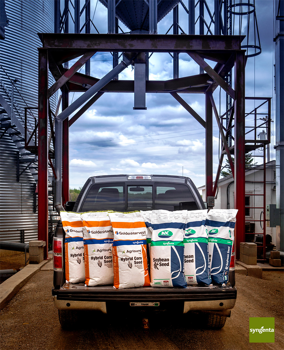 advertising-lifestyle-photograph-of-syngenta-seeds-on-truck
