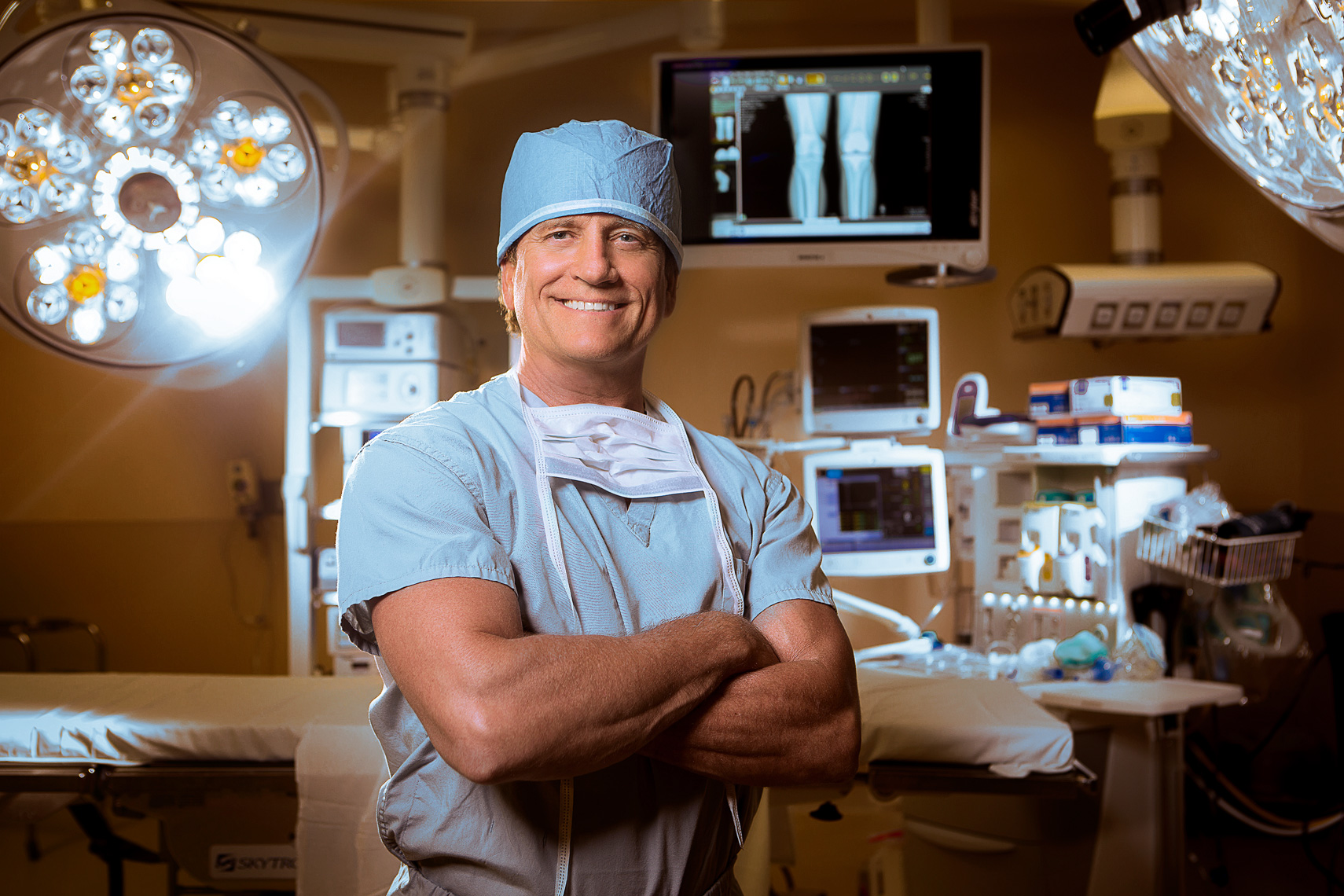 ann-arbor-portrait-photographer-scott-stewart-st-joesph-healthcare-surgeon