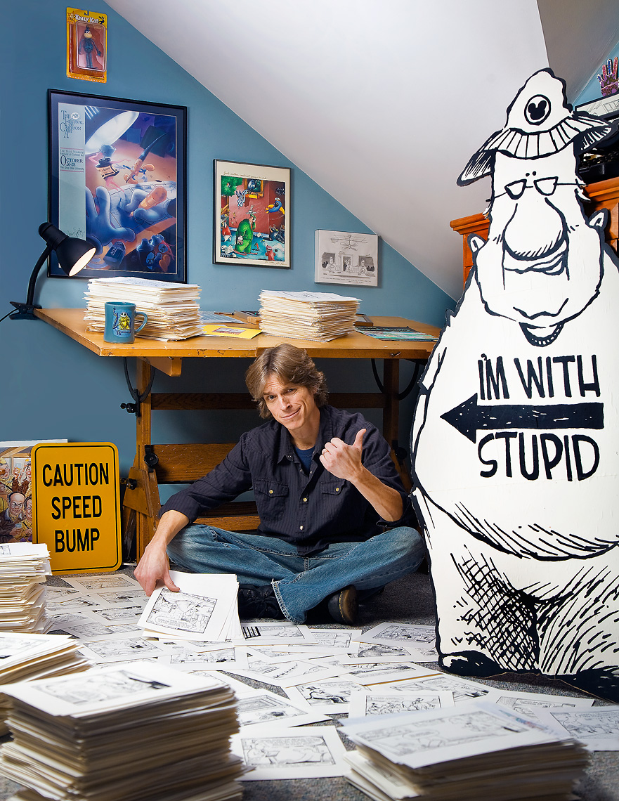 editorial-environmental-portrait-of-ann-arbor-cartoonist-magazine-photographer-scott-stewart