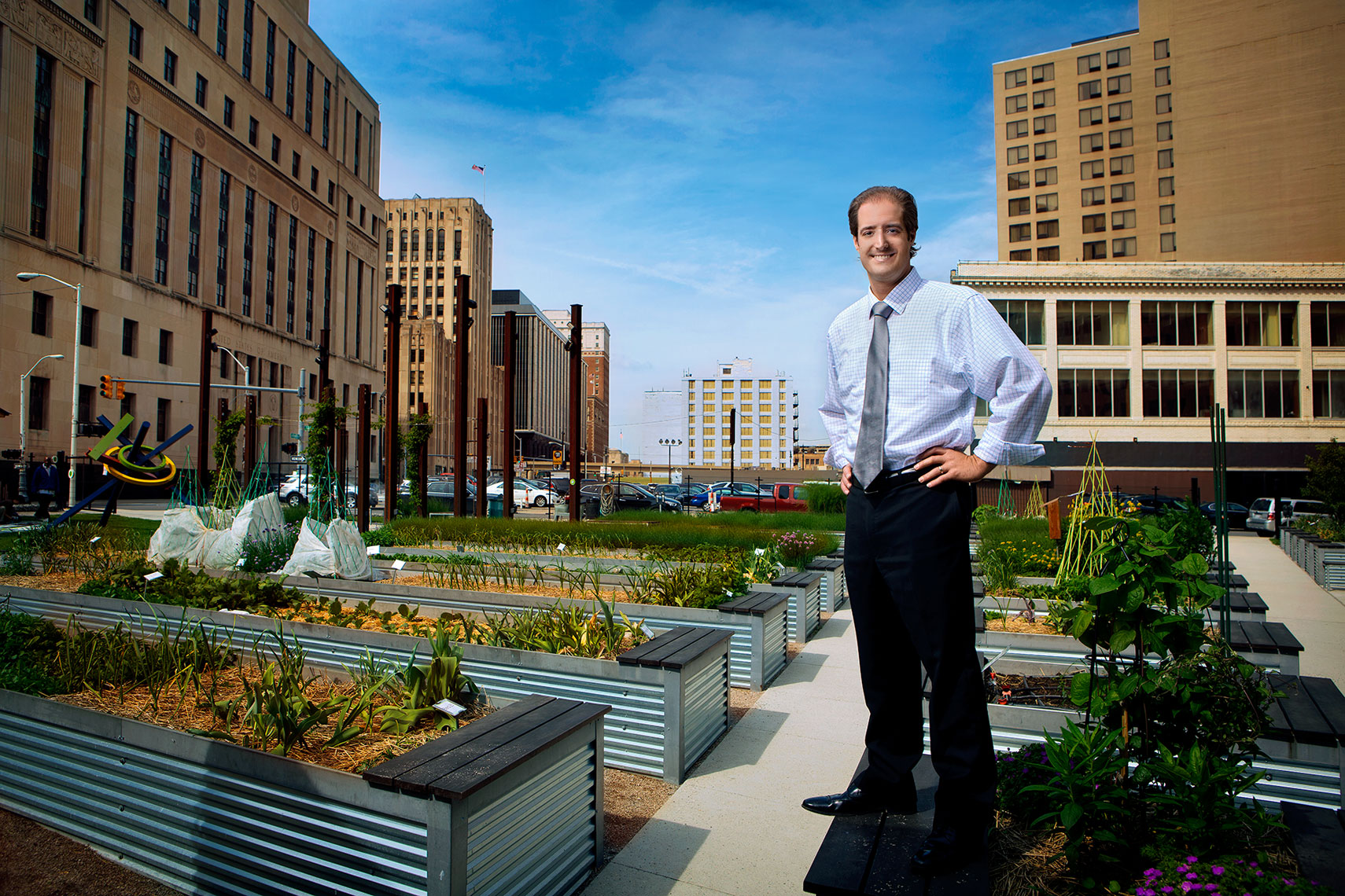enviromental-portrait-of-detroit-attorney-joseph-sgroi-by-photographer-scott-stewart