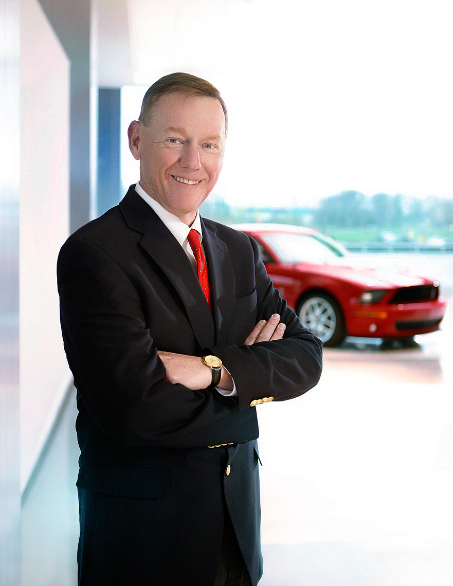 corporate-portrait-ceo-of-ford-motor-company-alan-mulally-detoit-photographer-scott-stewart