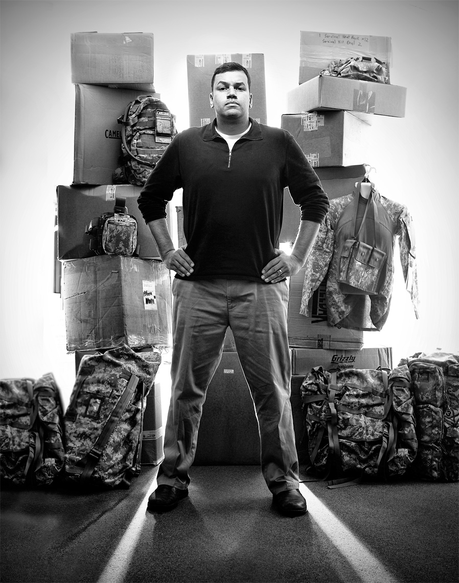 environmental-portrait-of-sherman-powell-army-property-ann-arbor-editorial-photographer-scott-stewart