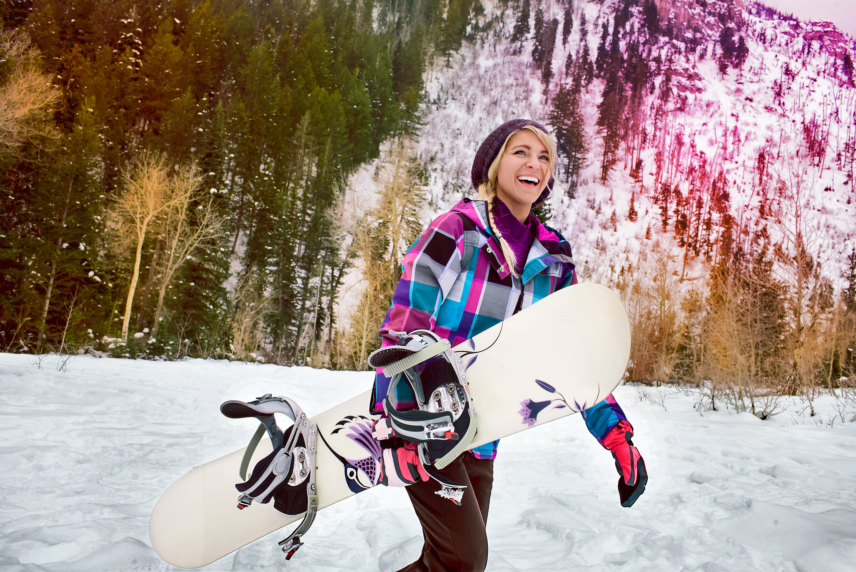 lifestyle-catalogue-photo-of-snowboarder-in-the-backcountry-ann-arbor-photographer-scott-stewart