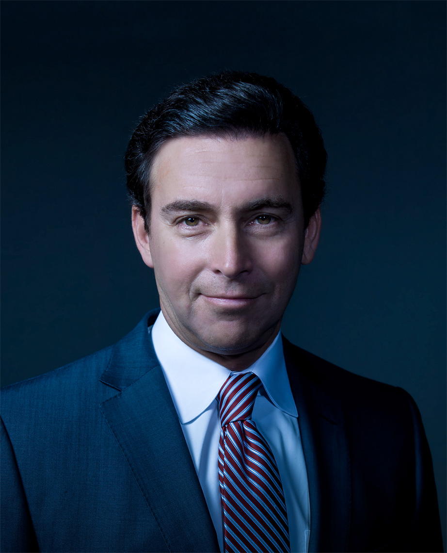 studio-corporate-portrait-of-ford-ceo-mark-fields-detroit-corporate-photographer-scott-stewart